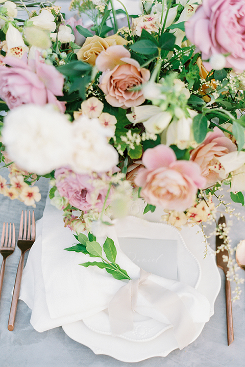 French-inspired-vineyard-wedding-table-set-up-place-setting