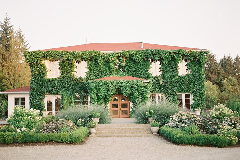 French-inspired-vineyard-wedding-venue