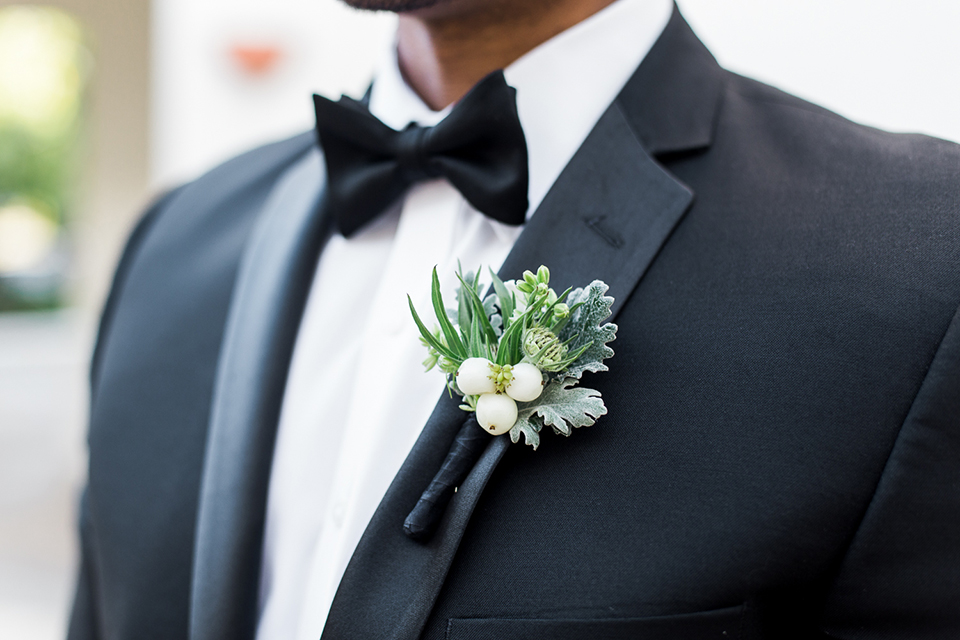 Park-hyatt-aviara-wedding-shoot-groom-boutonniere