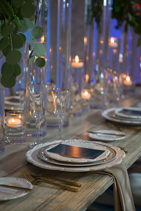 Orange-county-wedding-shoot-at-pasea-hotel-reception-table-with-place-settings-and-flower-decor