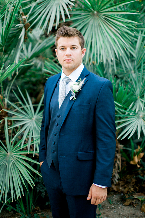 Rancho-las-lomas-outdoor-wedding-shoot-groom-cobalt-blue-suit-with-long-light-blue-striped-tie