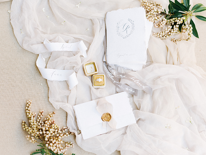 Sand-dunes-wedding-shoot-ring-and-invitations