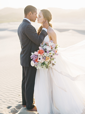 sand-dunes-wedding-shoot-bride-and-groom-close-up