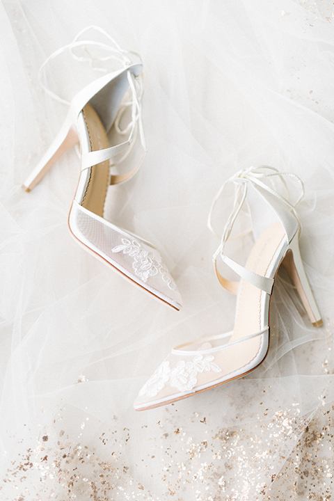 San-francisco-glamorous-wedding-at-city-hall-bride's-shoes