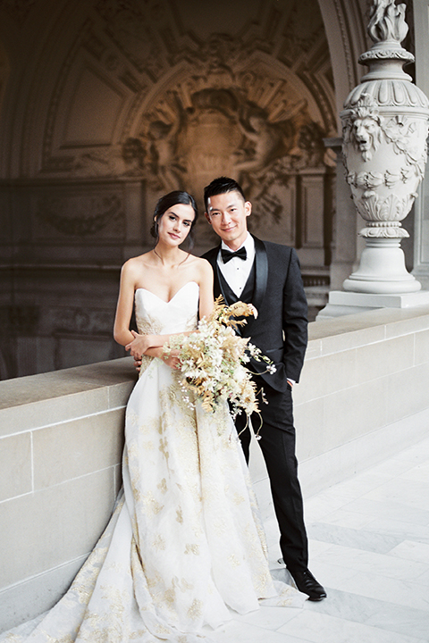 San-francisco-glamorous-wedding-at-city-hall-bride-and-groom-hugging-close-up