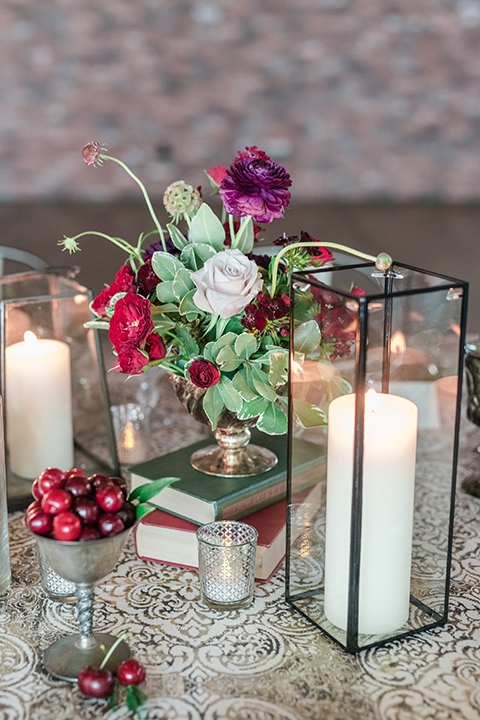 Orange-county-wedding-at-the-colony-house-table-set-up-with-candle-decor