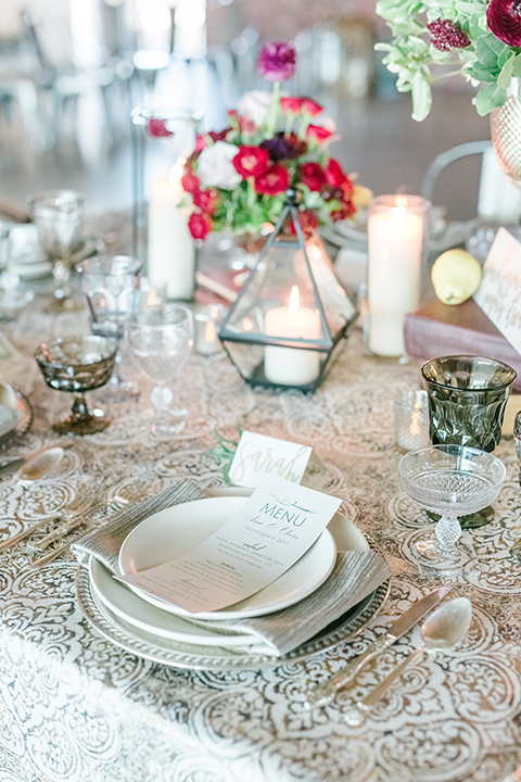 Orange-county-wedding-at-the-colony-house-table-set-up-with-place-setting-and-flowers