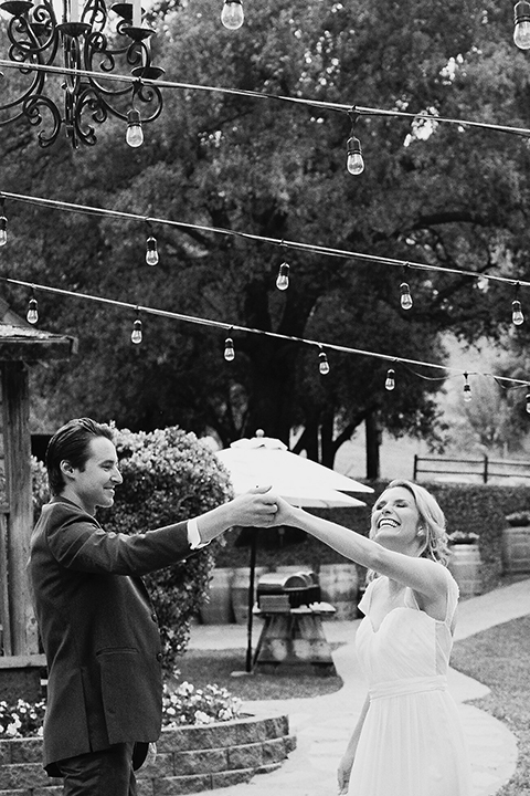 Temecula-stonehouse-wedding-shoot-bride-and-groom-dancing