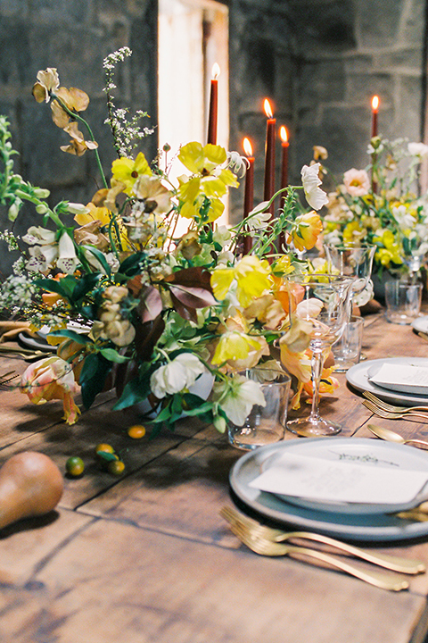Temecula-stonehouse-wedding-shoot-table-set-up-with-flowers