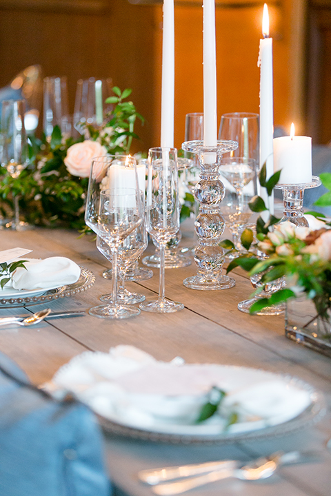 Sweet-oaks-ranch-outdoor-wedding-shoot-table-set-up-with-flowers-and-place-settings