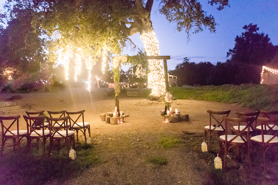 Temecula-outdoor-wedding-at-tres-lagos-wedding-ceremony-set-up