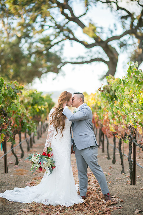 Northern-california-wedding-shoot-at-fitz-place-bride-and-groom-standing-kissing