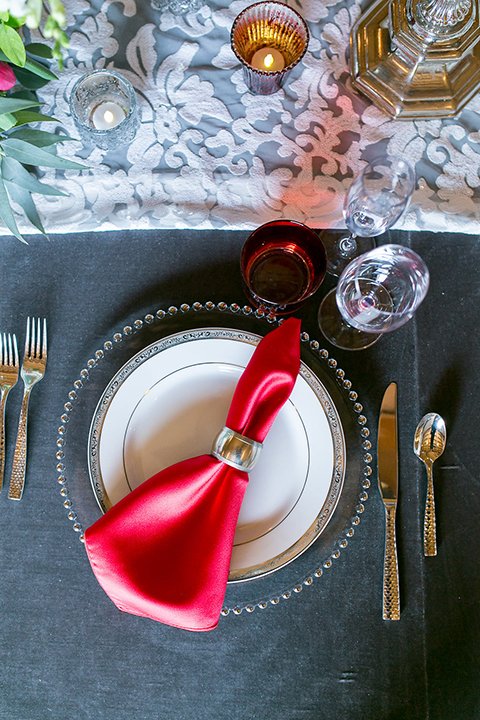 Northern-california-wedding-shoot-at-fitz-place-table-set-up-with-place-setting