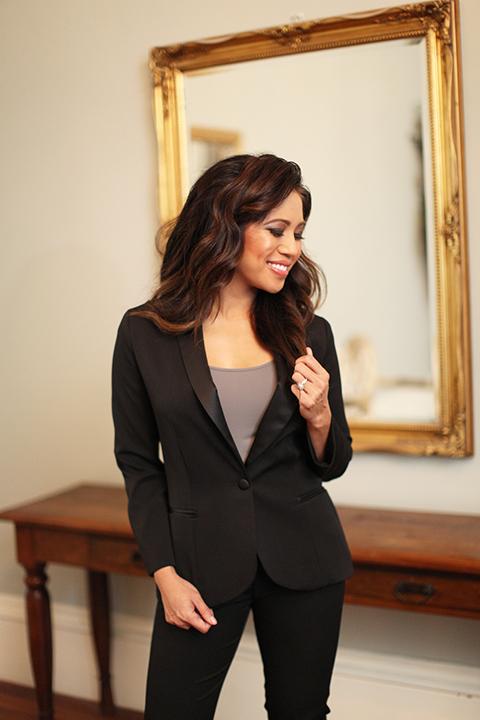 Womens-tuxedo-styled-shoot-at-franciscan-gardens-bride-black-tuxedo