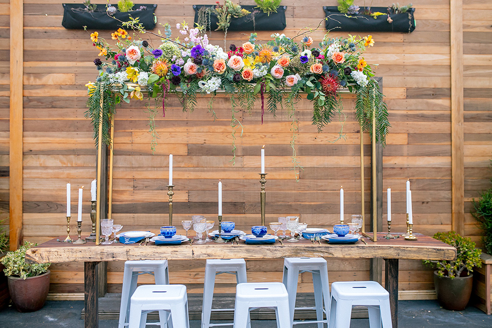 lot-8-colorful-romance-shoot-table-set-up