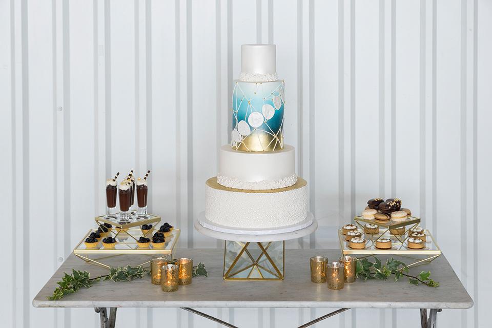 hangar-21-cake