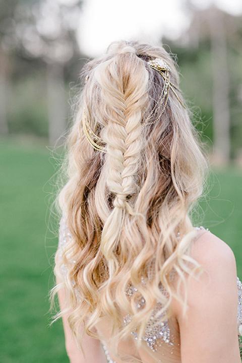 The-Lodge-at-Malibu-Lake-bridal-hair