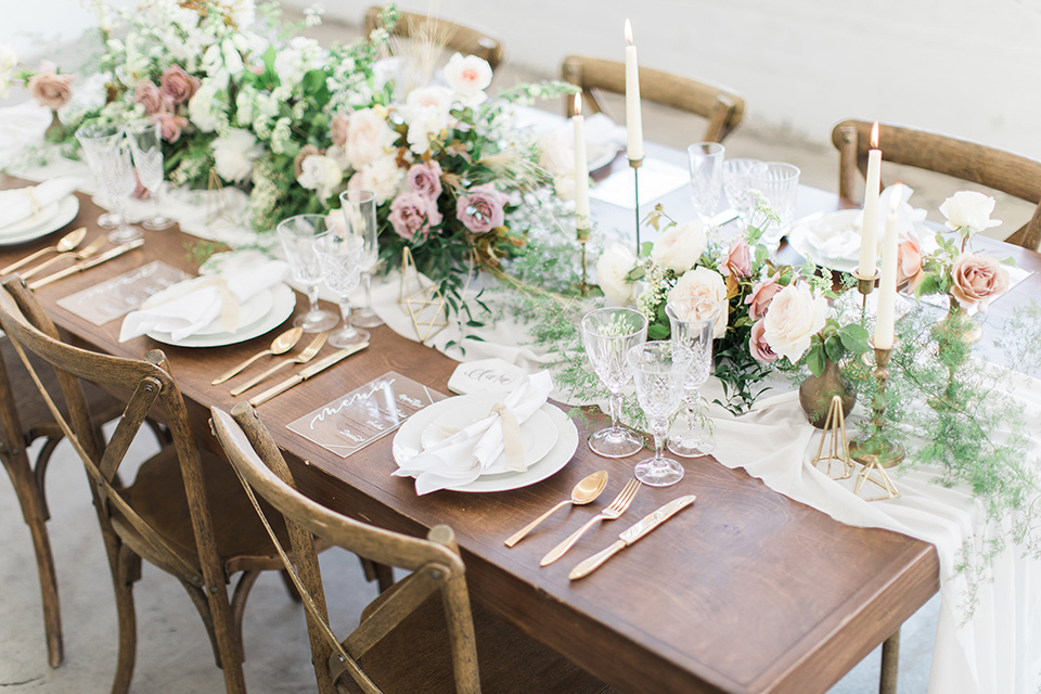 ethereal-shoot-tablescape