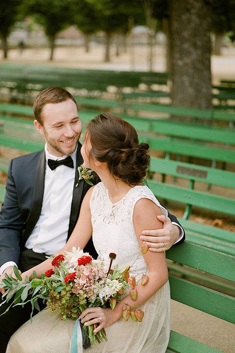 San-francisco-wedding-shoot-at-the-golden-gate-park-bride-and-groom-sitting-smiling-close-up
