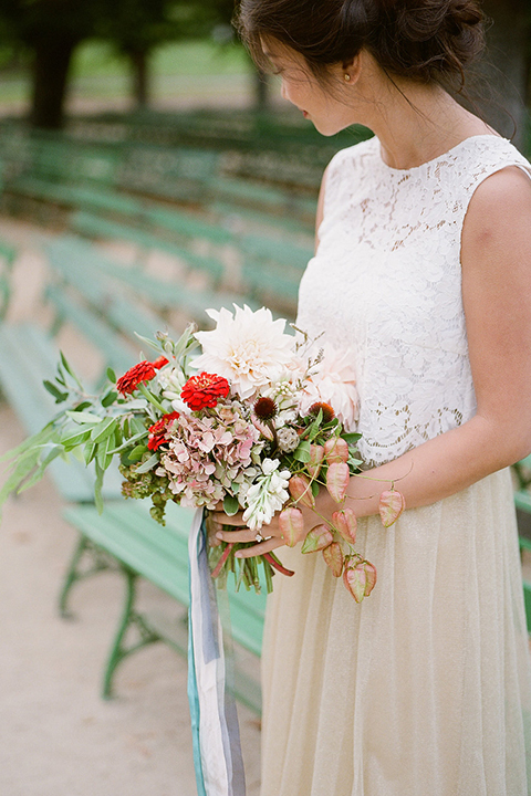 San-francisco-wedding-shoot-at-the-golden-gate-park-bride-holding-bouquet-close-up