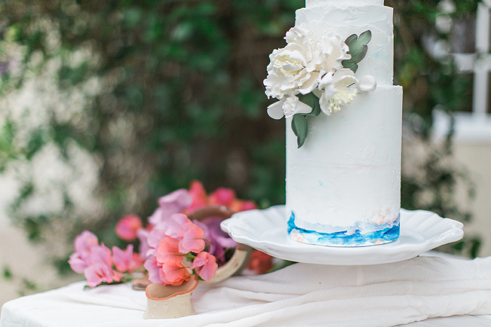 San-diego-outdoor-wedding-at-the-inn-at-rancho-santa-fe-wedding-cake
