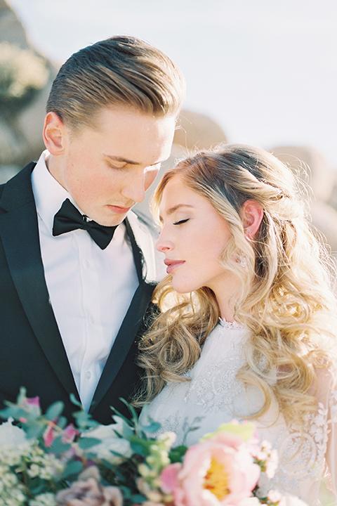 Joshua-tree-wedding-shoot-at-the-ruin-venue-bride-and-groom-hugging