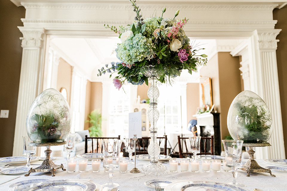 South-carolina-summer-outdoor-wedding-at-the-wickliffe-house-table-set-up-with-flowers-and-place-settings