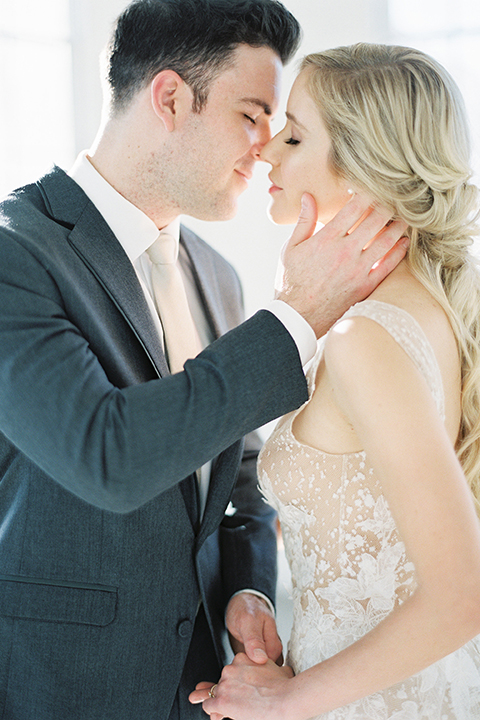 Los-angeles-modern-wedding-at-fd-photo-studio-bride-and-groom-kissing-close-up