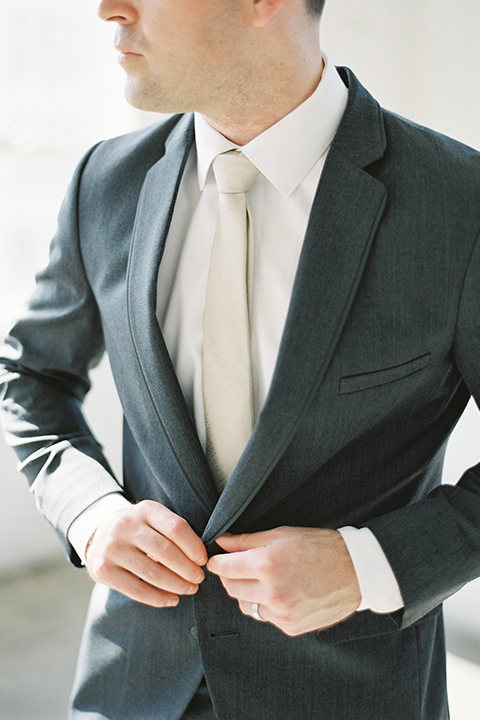 Los-angeles-modern-wedding-at-fd-photo-studio-groom-charcoal-grey-suit-close-up