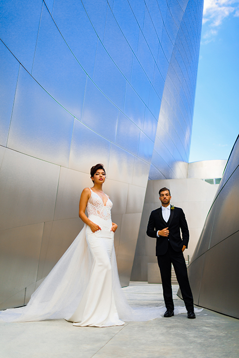 Downtown-los-angeles-wedding-shoot-at-oue-skyspace-bride-and-groom-front-view