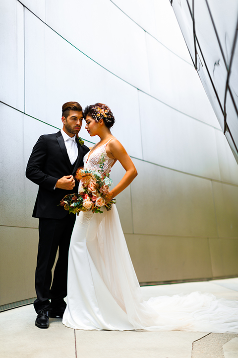 Downtown-los-angeles-wedding-shoot-at-oue-skyspace-bride-and-groom-hugging-front-view