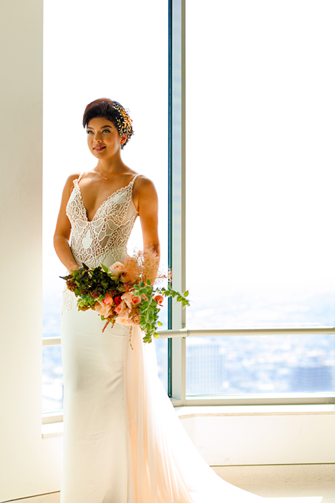 Downtown-los-angeles-wedding-shoot-at-oue-skyspace-bride-holding-bouquet