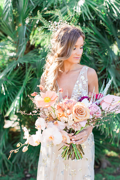 Los-angeles-garden-wedding-at-retreat-malibu-bride-holding-bouquet