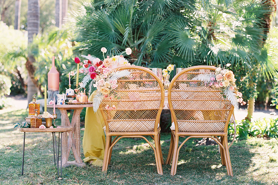 Los-angeles-garden-wedding-at-retreat-malibu-table-set-up