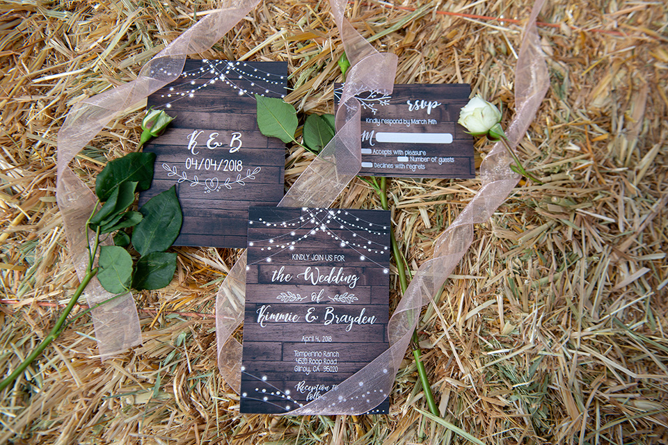 temperino-ranch-wedding-invitations