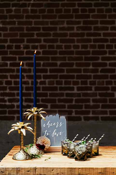 Sandbox-styled-shoot-palmtree-candle-holders-and-other-decor