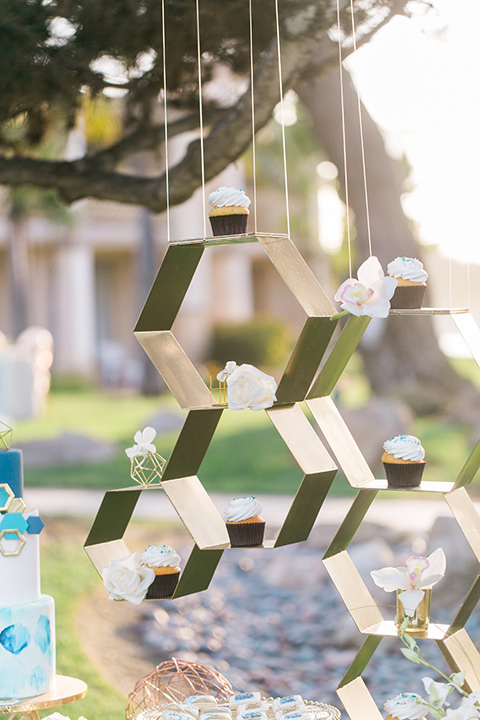 san-diego-styled-shoot-cupcake-honey-comb-style-cupcake-holder