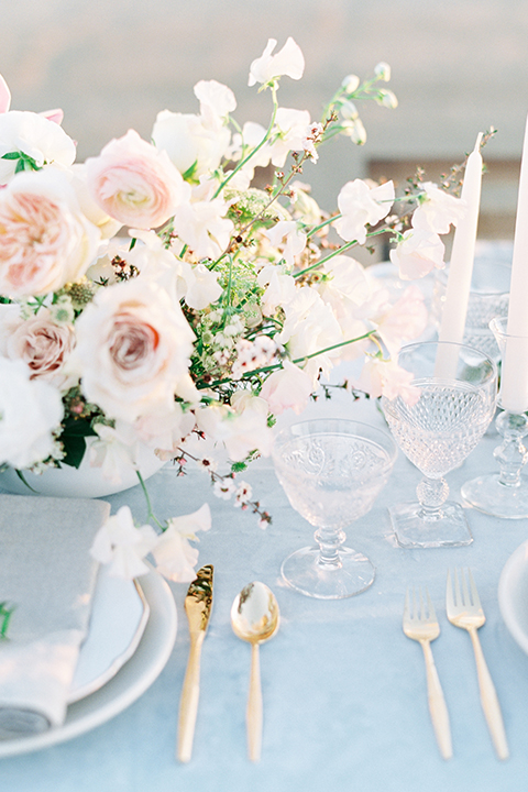 Southern-california-outdoor-wedding-at-the-orange-grove-table-set-up-with-flowers