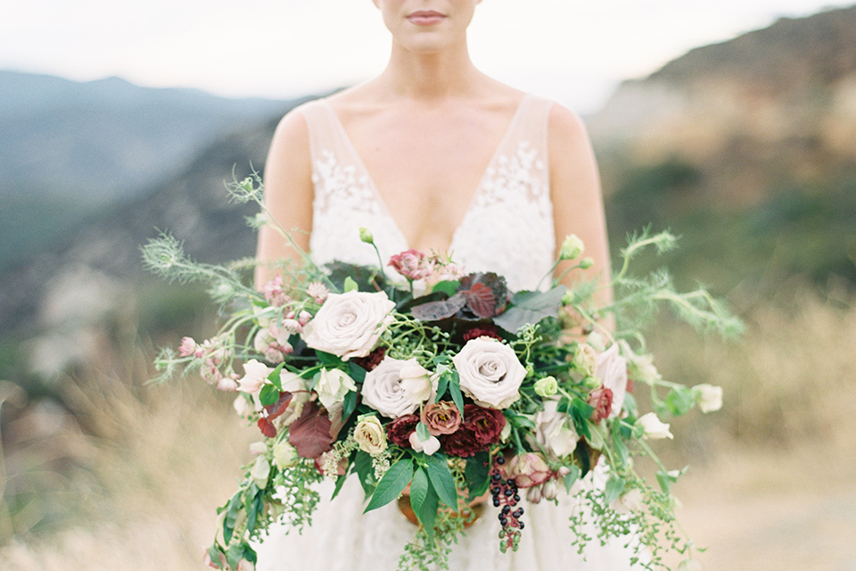 mountain-elopement-shoot-bride-and-florals