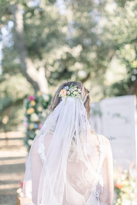 alice-in-wonderland-shoot-bridal-veil
