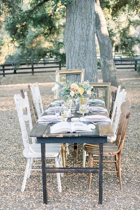 alice-in-wonderland-shoot-tabel-set-up