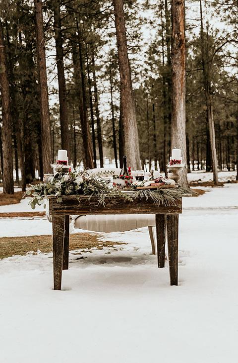 Arizona-Elopement-Shoot-sweetheart-table
