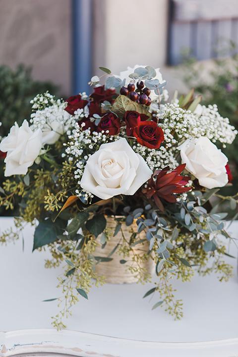 chateau-raquel-romantic-wedding-florals