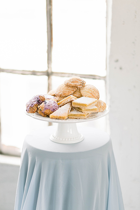 Spring-styled-shoot-desserts