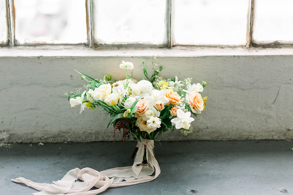 Spring-styled-shoot-florals