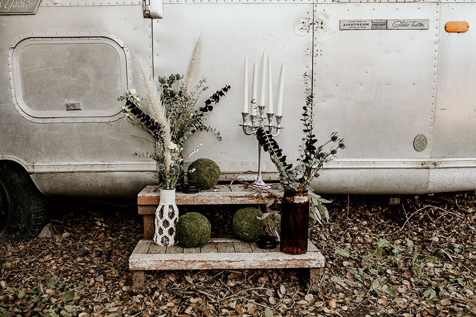 retro-ranch-styled-shoot-aistream-step-décor