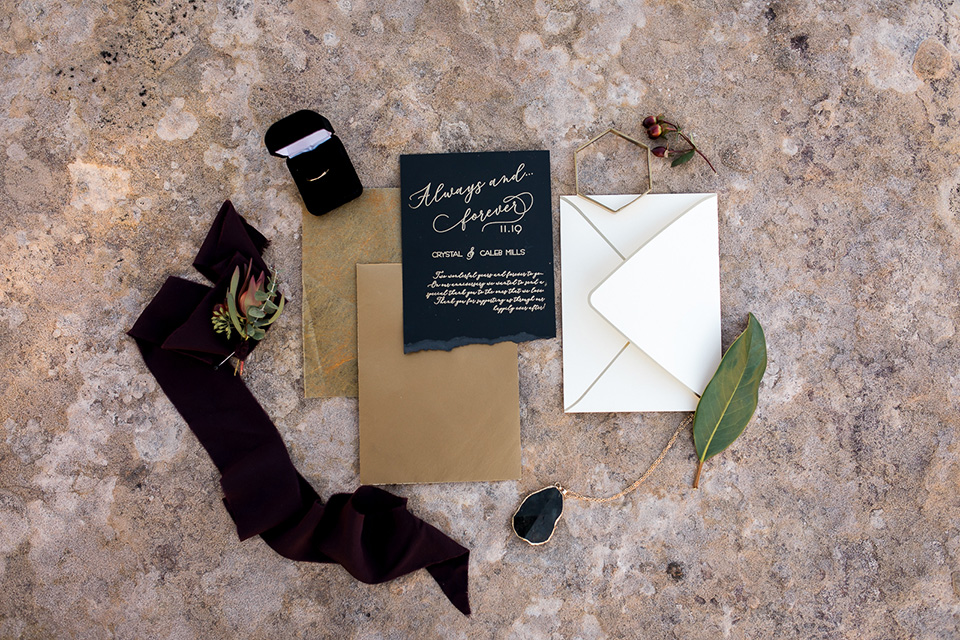 Utah-Shoot-invitations-in-black-and-gold