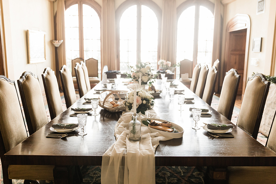 Maxwell-House-tablescape