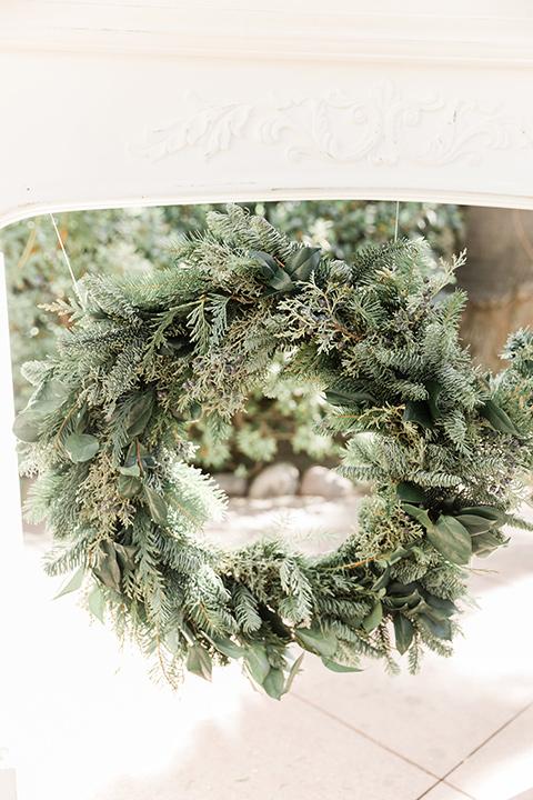 Maxwell-House-wreath