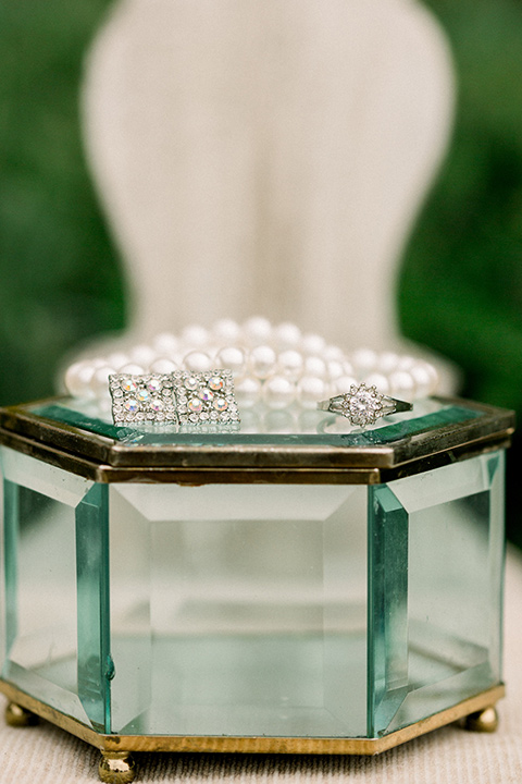 classic and vintage style pearls